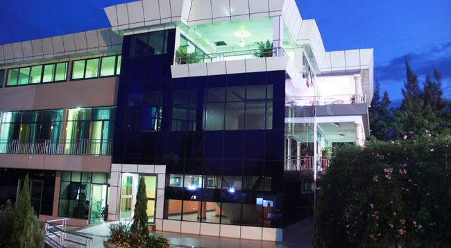 Olympic Hotel - Kigali - 건물