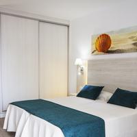 THB Flora Guestroom