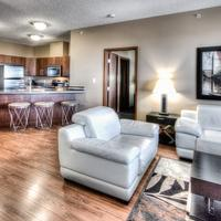 Podollan Rez-idence Grande Prairie Spacious extended stay suite