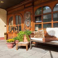 Hotel Prinzregent am Friedensengel Hotel Entrance