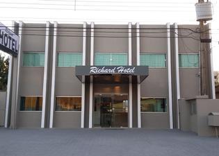 리차드 호텔