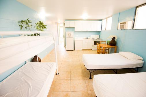 와이키키 비치사이드 호스텔 호놀룰루 - 호놀룰루 - 침실