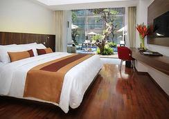 더 베네 호텔 쿠타 - 쿠타 - 침실