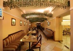 에어포트 호텔 - 뉴델리 - 레스토랑