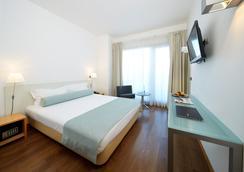 Hotel Faro & Beach Club - 파루 - 침실