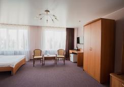 Hotel Polyot Krasnoyarsk - 크라스노야르스크 - 침실