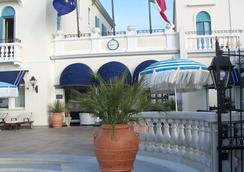 Hotel Casa Bianca al Mare - 예솔로 - 해변