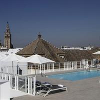 호텔 페르난도 III Rooftop Pool