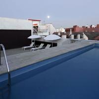 호텔 레이 알폰소 엑스 Rooftop Pool