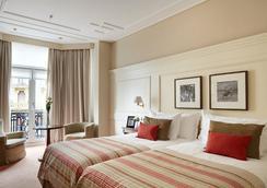 호텔 드 롱드르 이 드 잉글라테라 - 산세바스티안 - 침실