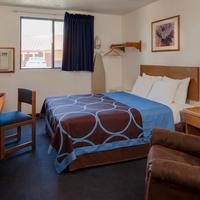 슈퍼 8 맨해튼 캔자스 1 Queen Bed Room
