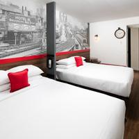 Hotel Rl By Red Lion Brooklyn Bed-stuy Hotel RL Bed-Stuy Two Queen Guest Room