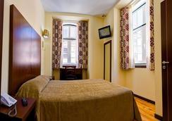 호텔 두아스 나코스 - 리스본 - 침실
