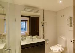 호텔 두아스 나코스 - 리스본 - 욕실