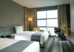 홀리데이 인 방콕 수쿰빗 - 방콕 - 침실