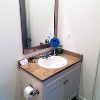 Philly Stays 2040 Market St Bathroom