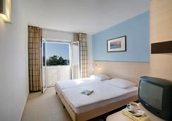 발라마르 피니아 호텔 - Poreč - 침실