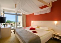 Valamar Rubin Hotel - 포레치 - 침실