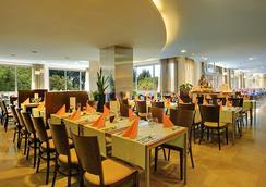 Valamar Rubin Hotel - 포레치 - 레스토랑