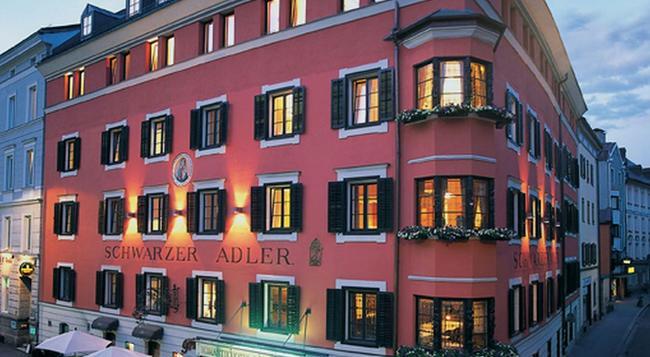 Hotel Schwarzer Adler - 인스브루크 - 건물