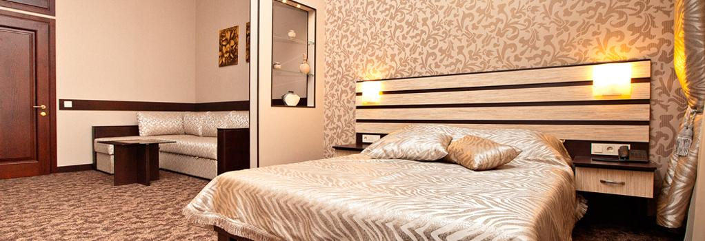 Hotel Classic - 카르코브 - 건물