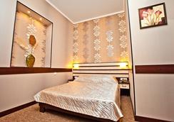 Hotel Classic - 카르코브 - 침실