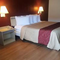 Red Roof Inn Shreveport Guest room