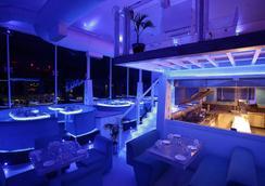 호텔 블루 헤븐 - 자이푸르 - 레스토랑