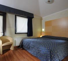 호텔 플로리스