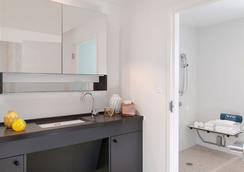 Washington Park Hotel - 마이애미비치 - 욕실