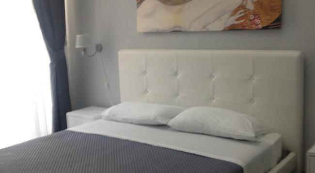 B&B Duca Di Uzeda - 카타니아 - 침실