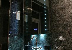 아보 호텔 - 런던 - 욕실