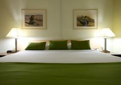 마우이 시사이드 호텔 - 카훌루이 - 침실