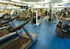 Select Marina Park - 푸엔히롤라 - 체육관