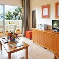Select Benal Beach Living Area