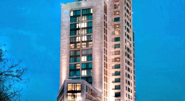 왈도프 아스토리아 베를린 호텔 - 베를린 - 건물