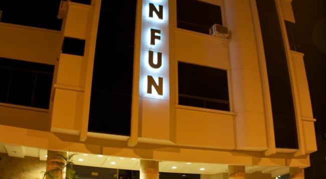 Hotel Lun Fun Manta - Manta - 건물