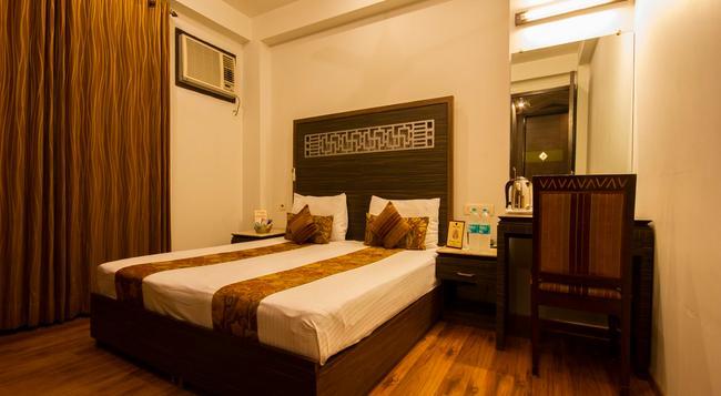 패브호텔 선스타 카롤 바그 - 뉴델리 - 침실