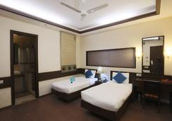 Fabhotel Anutham Nehru Place - 뉴델리 - 침실