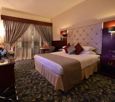 다르 알 타크와 호텔