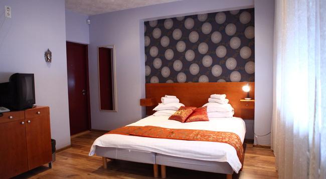 Starest Hotel - 타르투 - 침실