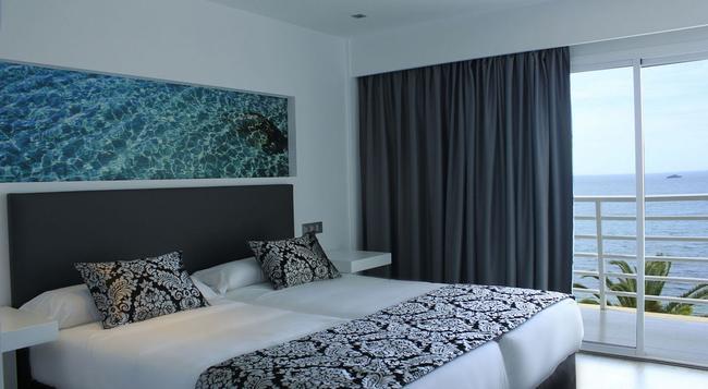 호텔 나우티코 에베소 - 이비사 - 침실