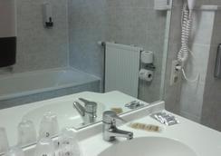 아레 버짓 호텔 브뤼셀 - 브뤼셀 - 욕실