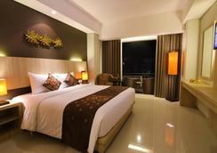 더 카나 쿠타 호텔 - 쿠타 - 침실