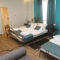 Garni Hotel DUM