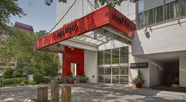 Matrix Hotel - 에드먼턴 - 건물