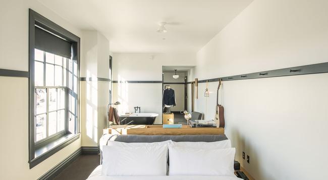 Ace Hotel Pittsburgh - 피츠버그 - 침실