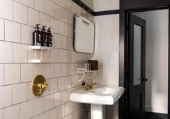에이스 호텔 - 뉴욕 - 욕실