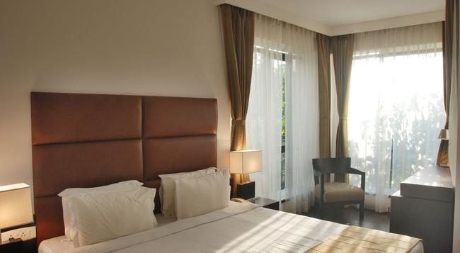 호텔 메트로폴 - 콜카타 - 침실