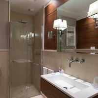 호텔 룬고마레 bathroom